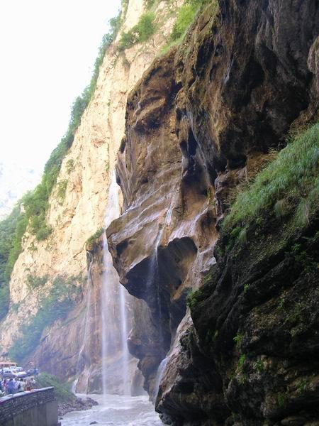 Знаменитые чегемские водопады